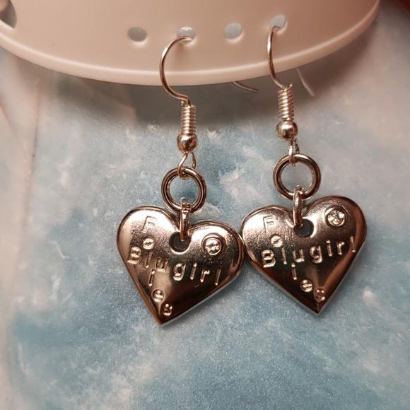 Jewelry - Hook earrings heart